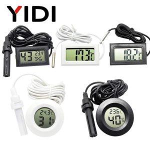 Цифровой термометр - гигрометр с ЖК дисплеем и выносным датчиком.