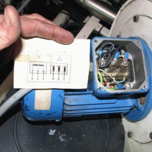 Как подключить трёхфазный электродвигатель в однофазную сеть 220 В
